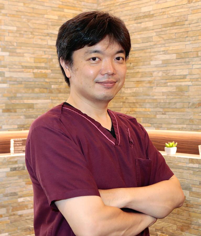 院長 浦 栄吾